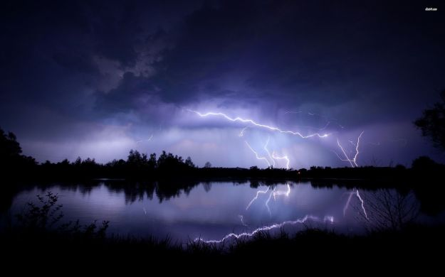 lightning-strike-wallpaper-wallpaper-3