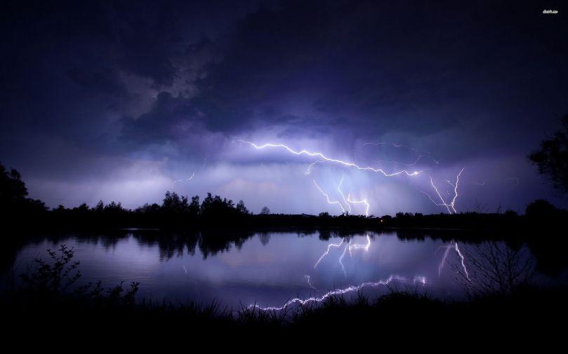 lightning-strike-wallpaper-wallpaper-3