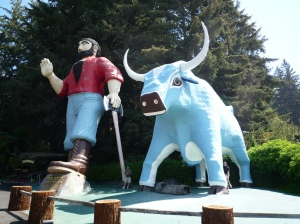Paul Bunyan and Babe, his blue ox. Wikimedia.